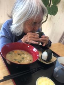 2018.10.10芋煮のお握り_181010_0011