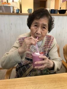 2019.4.8苺スムージー_190410_0012