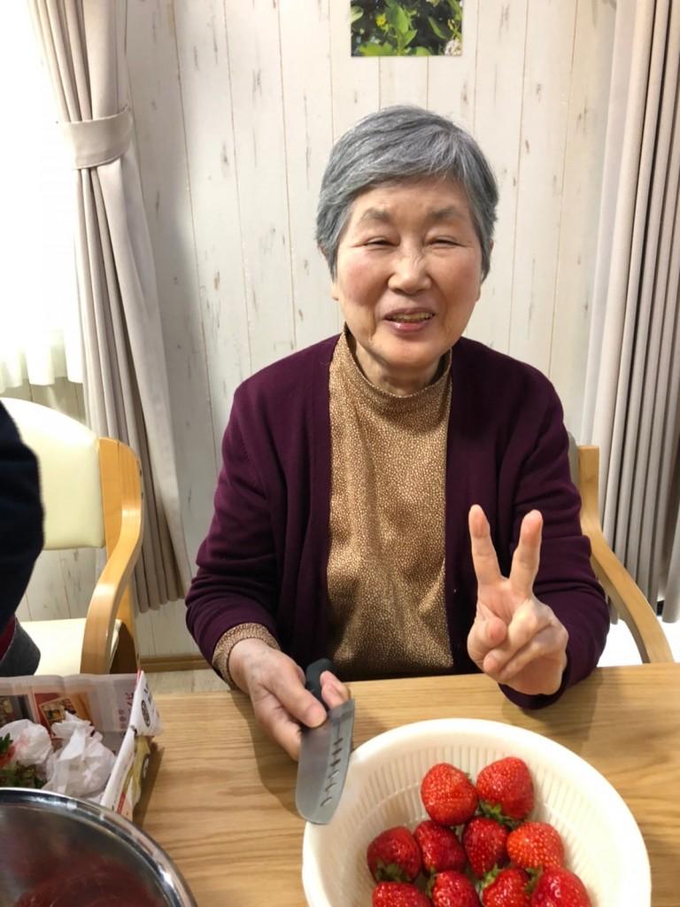 2020.3.7苺ケーキ作り_200315_0003