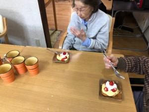 2020.03.13苺とカスタード_生クリームのケーキ_200321_0003